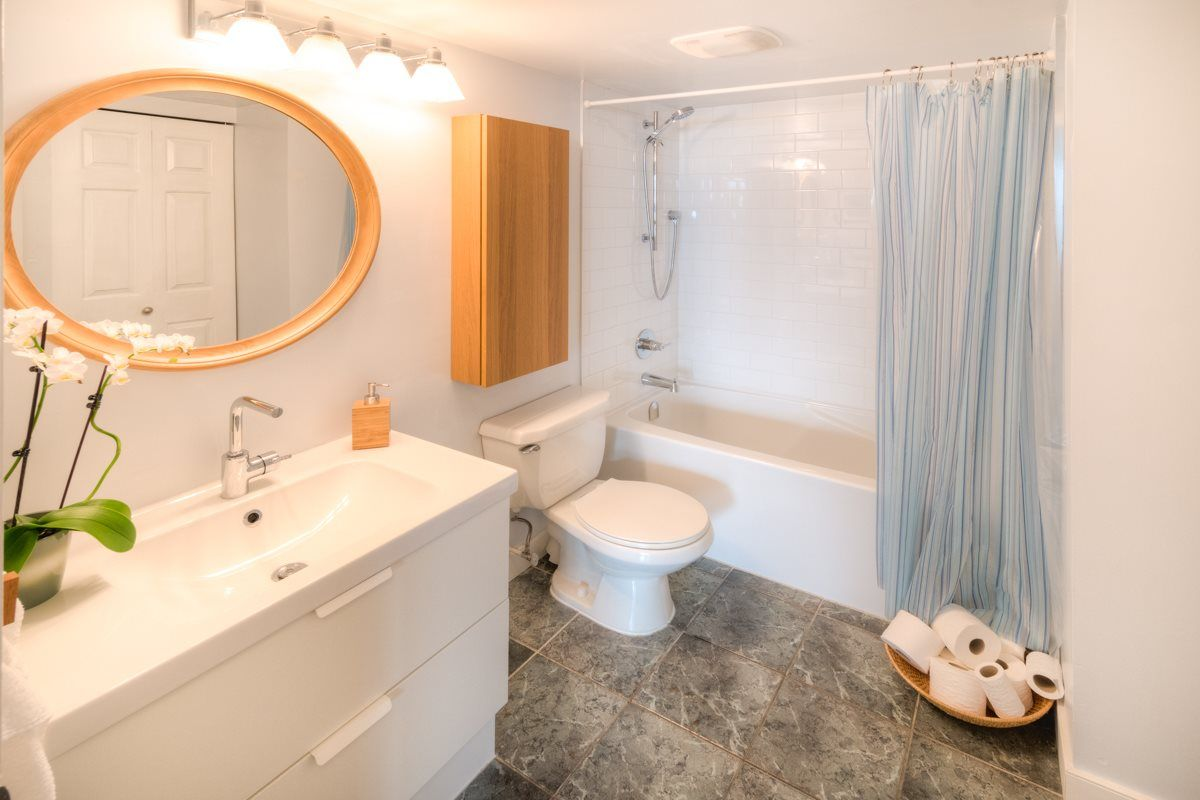 """Photo 7: Photos: 503 328 CLARKSON Street in New Westminster: Downtown NW Condo for sale in """"Highbourne Towers"""" : MLS®# R2012912"""