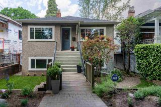 Photo 2: 379 E 32ND Avenue in Vancouver: Main House for sale (Vancouver East)  : MLS®# R2377435