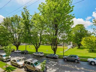 "Photo 14: 201 5700 LARCH Street in Vancouver: Kerrisdale Condo for sale in ""Elm Park Place"" (Vancouver West)  : MLS®# V1121280"