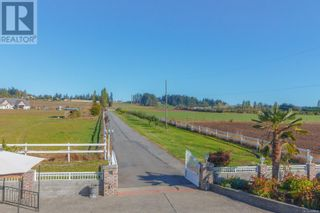 Photo 43: 7112 Puckle Rd in Central Saanich: House for sale : MLS®# 884304