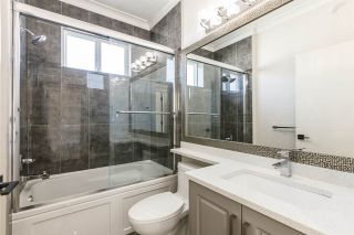 Photo 10: 2737 CHEYENNE AVENUE in Vancouver: Collingwood VE 1/2 Duplex for sale (Vancouver East)  : MLS®# R2248950