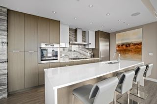 """Photo 11: PH 2101 110 SWITCHMEN Street in Vancouver: Mount Pleasant VE Condo for sale in """"THE LIDO"""" (Vancouver East)  : MLS®# R2614884"""