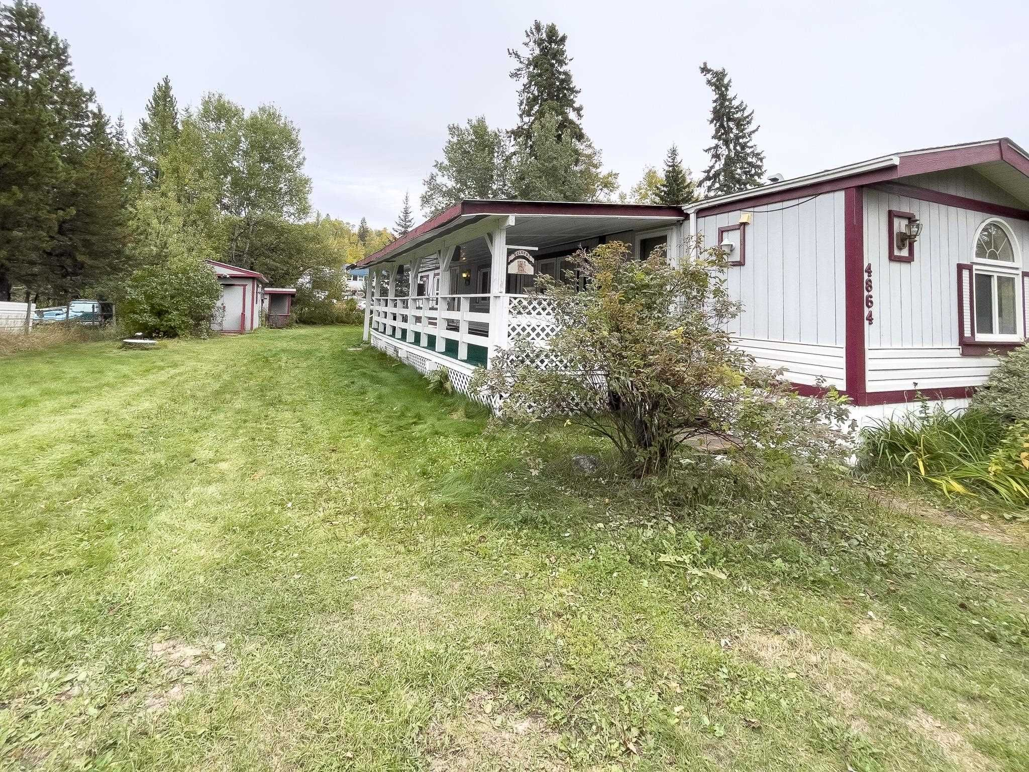Main Photo: 4864 RANDLE Road in Prince George: Hart Highway Manufactured Home for sale (PG City North (Zone 73))  : MLS®# R2621060