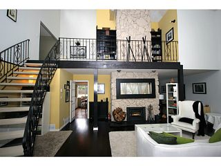 "Photo 2: 458 SHANNON Way in Tsawwassen: Pebble Hill House for sale in ""TSAWWASSEN HEIGHTS"" : MLS®# V1052172"