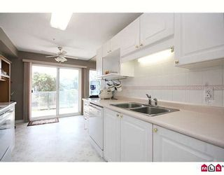 """Photo 4: 302 20433 53RD Avenue in Langley: Langley City Condo for sale in """"Countryside Estates"""" : MLS®# F2919354"""