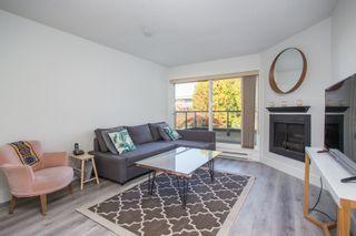"""Photo 3: 12 3250 W 4TH Avenue in Vancouver: Kitsilano Condo for sale in """"3250"""" (Vancouver West)  : MLS®# R2415450"""