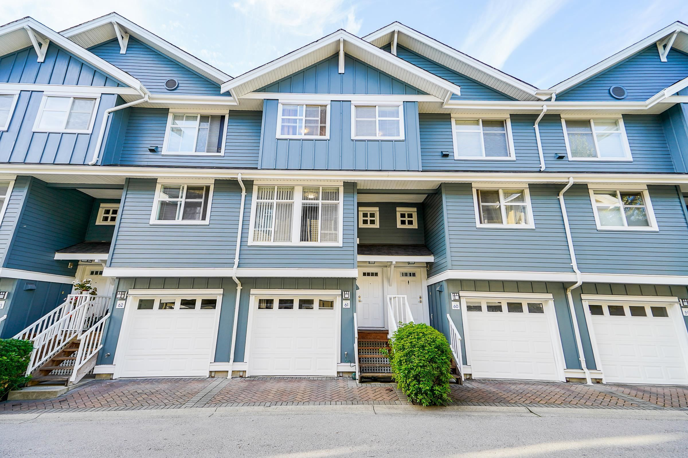 """Main Photo: 61 935 EWEN Avenue in New Westminster: Queensborough Townhouse for sale in """"COOPERS LANDING"""" : MLS®# R2620520"""