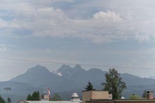 """Photo 6: 305 22562 121 Avenue in Maple Ridge: East Central Condo for sale in """"EDGE2"""" : MLS®# R2282299"""