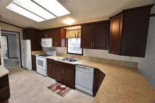 """Photo 5: 47 3001 N MACKENZIE Avenue in Williams Lake: Williams Lake - City Manufactured Home for sale in """"GREEN ACRES MOBILE HOME PARK"""" (Williams Lake (Zone 27))  : MLS®# R2508986"""