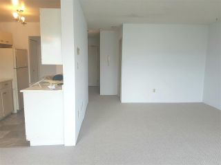 """Photo 7: 304 813 E BROADWAY in Vancouver: Mount Pleasant VE Condo for sale in """"BROADHILL MANOR"""" (Vancouver East)  : MLS®# R2314350"""