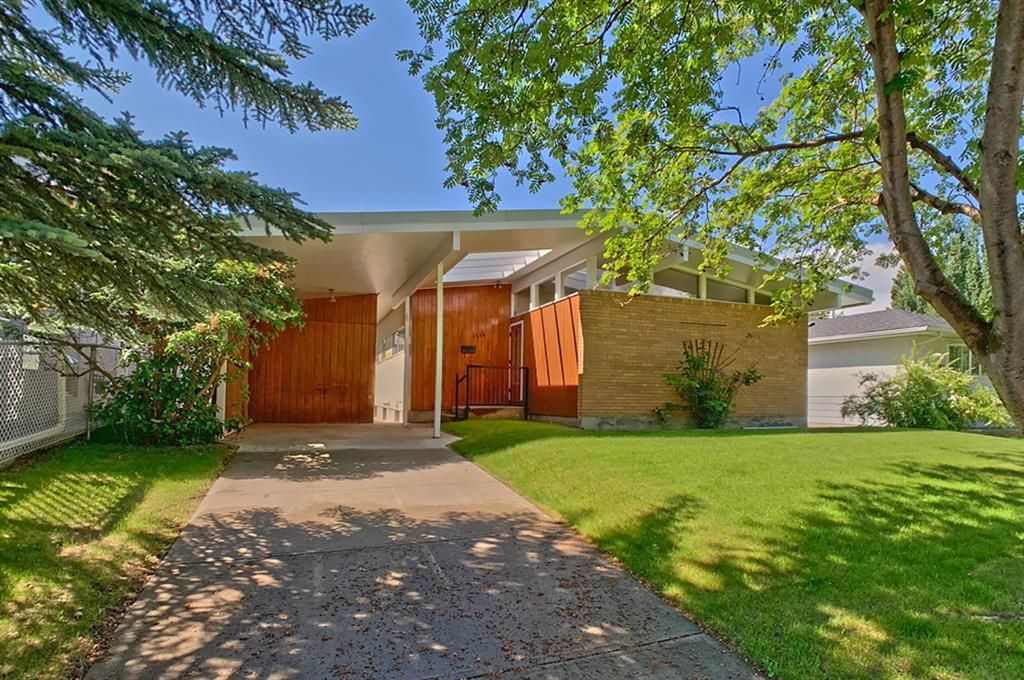Main Photo: 1236 Rosehill Drive NW in Calgary: Rosemont Detached for sale : MLS®# C4294159