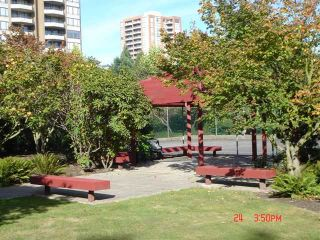 """Photo 8: 608 4165 MAYWOOD Street in Burnaby: Metrotown Condo for sale in """"PLACE ON THE PARK"""" (Burnaby South)  : MLS®# V1007451"""