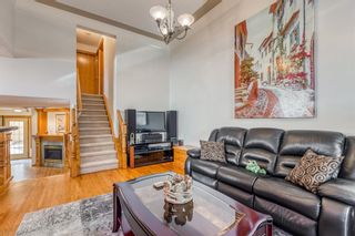 Photo 6: 628 24 Avenue NW in Calgary: Mount Pleasant Semi Detached for sale : MLS®# A1099883