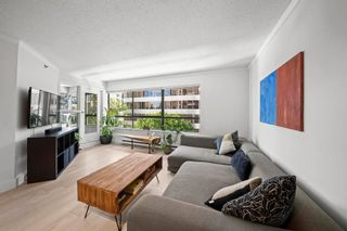 """Photo 4: 404 1060 ALBERNI Street in Vancouver: West End VW Condo for sale in """"CARLYLE"""" (Vancouver West)  : MLS®# R2595878"""