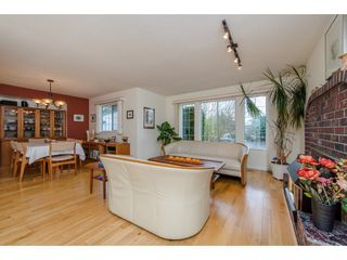 Photo 7: 32737 NANAIMO Close in Abbotsford: Central Abbotsford House for sale : MLS®# R2117570