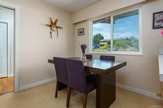 Photo 17: 2045 Beaufort Ave in : CV Comox (Town of) House for sale (Comox Valley)  : MLS®# 884580