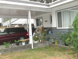 Photo 2: 2371 WESTERLY Street in Abbotsford: Abbotsford West 1/2 Duplex for sale : MLS®# R2304163