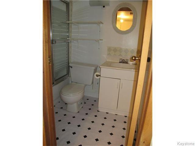Photo 18: Photos:  in WINNIPEG: East Kildonan Residential for sale (North East Winnipeg)  : MLS®# 1527624