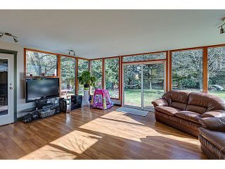 """Photo 7: 41550 GOVERNMENT Road in Squamish: Brackendale House for sale in """"BRACKENDALE"""" : MLS®# V1051640"""