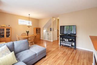 """Photo 9: 13 16789 60 Avenue in Surrey: Cloverdale BC Townhouse for sale in """"LAREDO"""" (Cloverdale)  : MLS®# R2623351"""
