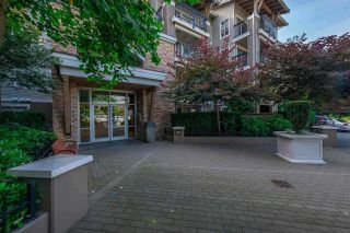 "Photo 3: 129 8915 202 Street in Langley: Walnut Grove Condo for sale in ""THE HAWTHORNE"" : MLS®# R2529871"