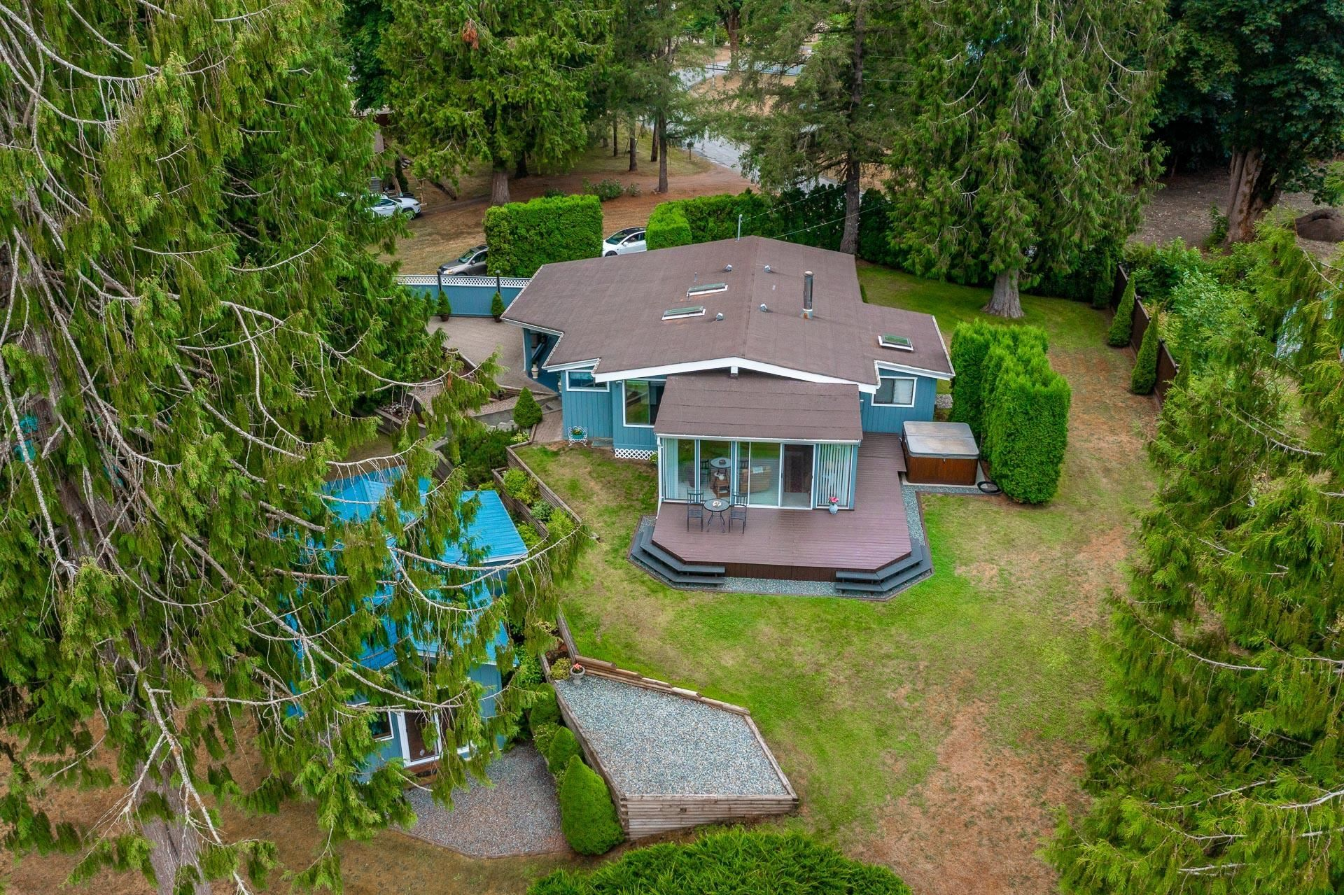 """Main Photo: 50598 O'BYRNE Road in Chilliwack: Chilliwack River Valley House for sale in """"Slesse Park/Chilliwack River Valley"""" (Sardis)  : MLS®# R2609056"""