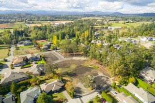 Photo 2: 4088 Malton Ave in VICTORIA: SE Mt Doug Land for sale (Saanich East)  : MLS®# 772515