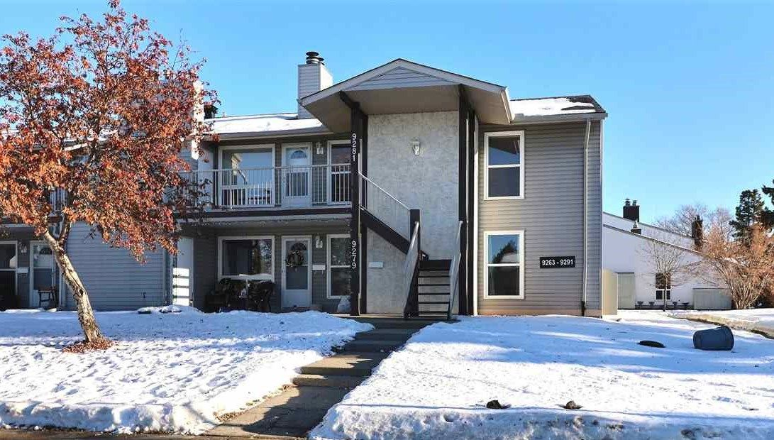 Main Photo: 9281 172 Street in Edmonton: Zone 20 Carriage for sale : MLS®# E4222602