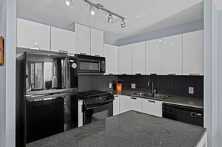 """Photo 9: 401 151 W 2ND Street in North Vancouver: Lower Lonsdale Condo for sale in """"SKY"""" : MLS®# R2615924"""