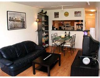 """Photo 5: 407 5288 MELBOURNE Street in Vancouver: Collingwood VE Condo for sale in """"EMERALD PARK PLACE"""" (Vancouver East)  : MLS®# V659931"""
