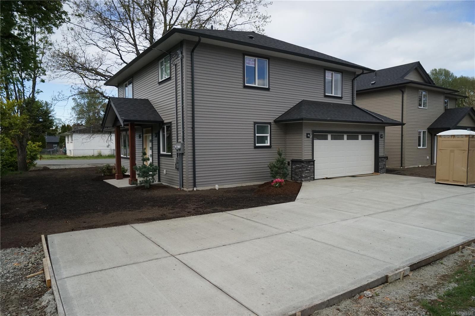 Main Photo: 770 Bruce Ave in : Na South Nanaimo House for sale (Nanaimo)  : MLS®# 869720
