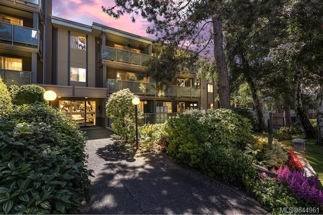 FEATURED LISTING: 204 - 1025 Inverness Rd Saanich