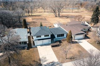 Photo 2: 63 Dickens Drive in Winnipeg: Residential for sale (5G)  : MLS®# 202107088