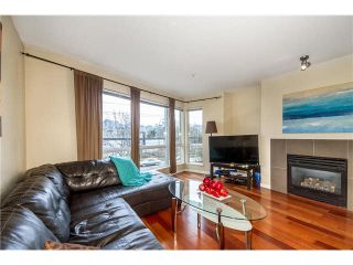 Photo 3: 652 W 6TH Avenue in Vancouver: Fairview VW Townhouse for sale (Vancouver West)  : MLS®# V1106252