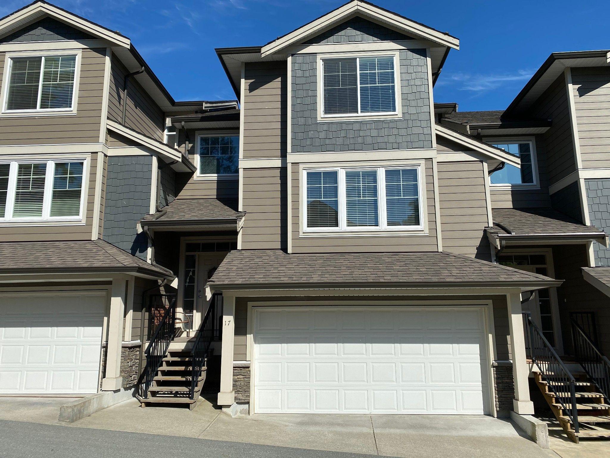 Main Photo: 17-11384 Burnett Street in Maple Ridge: East Central Townhouse for sale : MLS®# R2589737