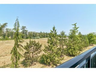 """Photo 21: 28 15717 MOUNTAIN VIEW Drive in Surrey: Grandview Surrey Townhouse for sale in """"Olivia"""" (South Surrey White Rock)  : MLS®# R2600355"""