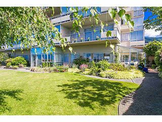 "Photo 17: M1 150 24TH Street in West Vancouver: Dundarave Condo for sale in ""SEASTRAND"" : MLS®# V1129051"