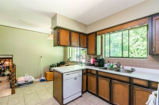 Photo 13: 8937 EDINBURGH Drive in Surrey: Queen Mary Park Surrey House for sale : MLS®# R2485380