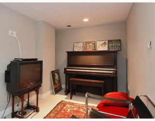 Photo 10: 2948 W 34TH Avenue in Vancouver: MacKenzie Heights House for sale (Vancouver West)  : MLS®# V703943