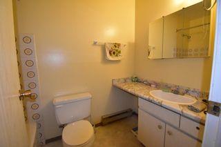 Photo 2: Condo for sale in Merritt BC