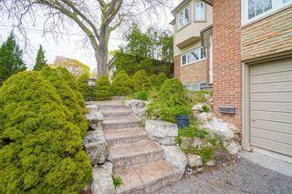Photo 2: 17 Valentine Drive in Toronto: Parkwoods-Donalda House (2-Storey) for lease (Toronto C13)  : MLS®# C5217207