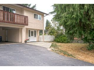 Photo 1: 1541 CHADWICK Avenue in Port Coquitlam: Glenwood PQ 1/2 Duplex for sale : MLS®# V1135986