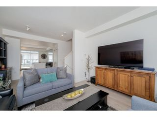 """Photo 6: 57 2825 159 Street in Surrey: Grandview Surrey Townhouse for sale in """"Greenway At The Southridge Club"""" (South Surrey White Rock)  : MLS®# R2259618"""