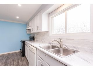 """Photo 7: 19 41639 LOUGHEED Highway in Mission: Dewdney Deroche Manufactured Home for sale in """"Evergreen Estates Mobile Home Park"""" : MLS®# R2611805"""
