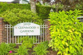"""Photo 28: 13 18939 65 Avenue in Surrey: Cloverdale BC Townhouse for sale in """"Glenwood Gardens"""" (Cloverdale)  : MLS®# R2485614"""