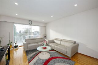 Photo 4: 235 E 62ND Avenue in Vancouver: South Vancouver House for sale (Vancouver East)  : MLS®# R2433374