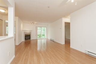 """Photo 7: 205 20189 54 Avenue in Langley: Langley City Condo for sale in """"Catalina Gardens"""" : MLS®# R2403720"""