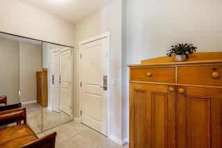 "Photo 4: 408 15299 17A Avenue in Surrey: King George Corridor Condo for sale in ""Flagstone Walk"" (South Surrey White Rock)  : MLS®# R2596476"
