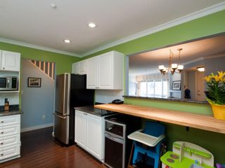 "Photo 12: 26 788 W 15TH Avenue in Vancouver: Fairview VW Townhouse for sale in ""SIXTEEN WILLOWS"" (Vancouver West)  : MLS®# V938784"