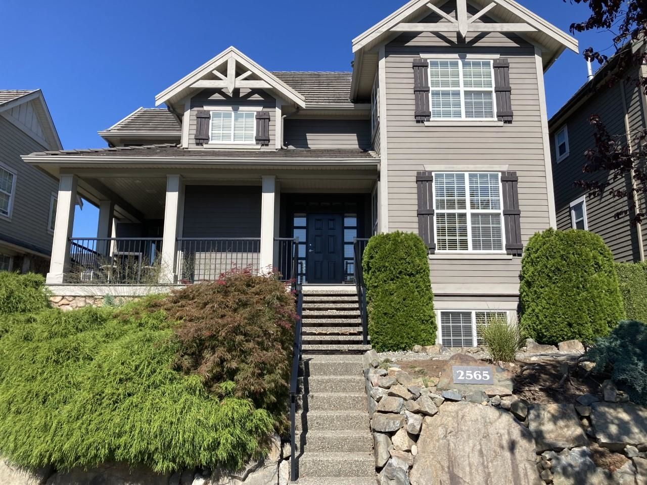 """Main Photo: 2565 EAGLE MOUNTAIN Drive in Abbotsford: Abbotsford East House for sale in """"Eagle Mountian"""" : MLS®# R2613669"""